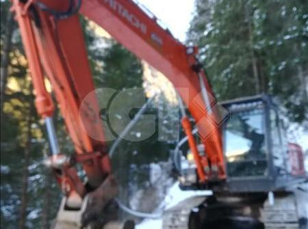 ZAXIS240